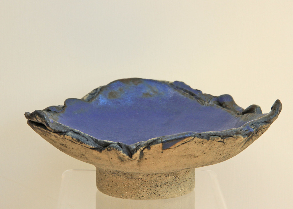 Fruit dish, blue glaze 2